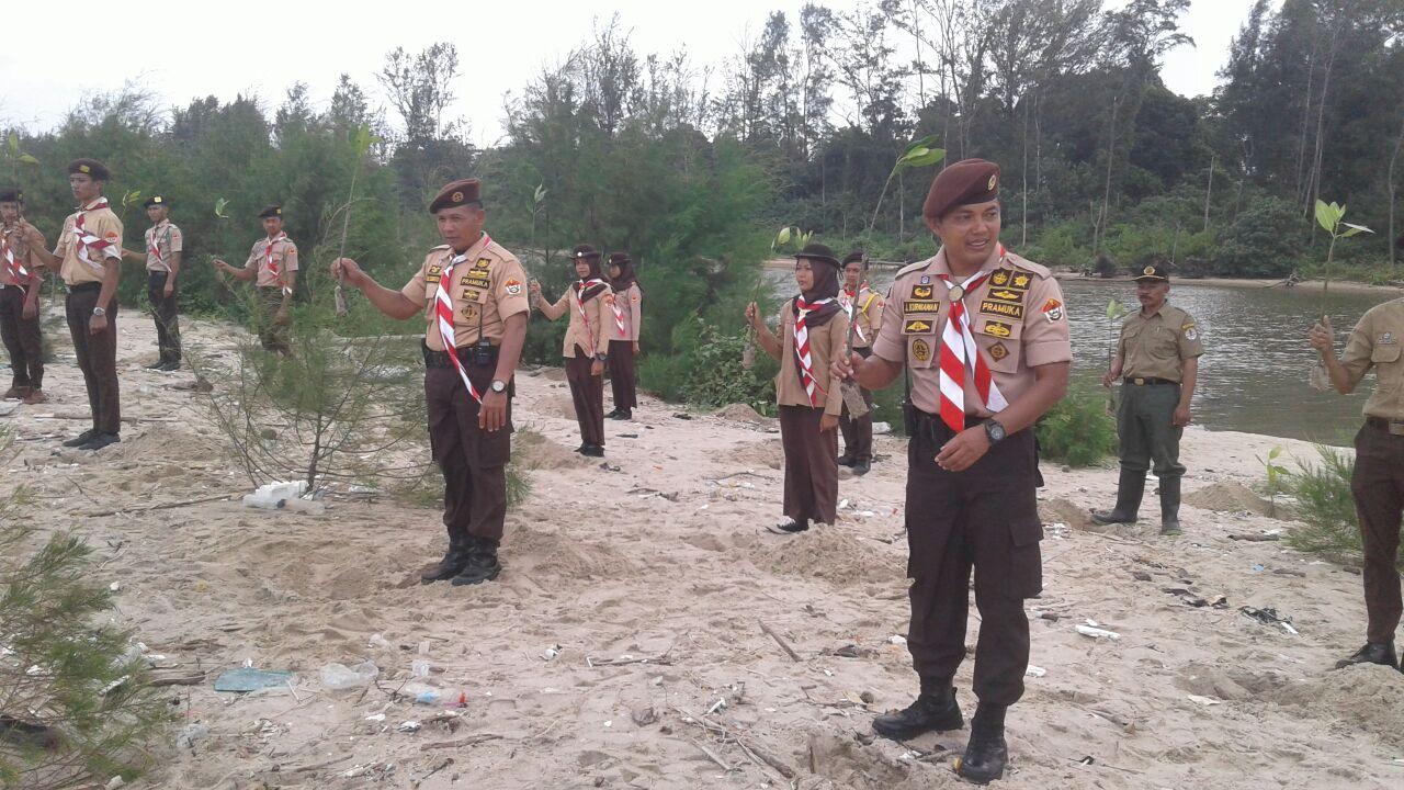 LAMPUNG POST | Dandim 0411 Tutup Perkemahan Sakawirakartika di TNWK
