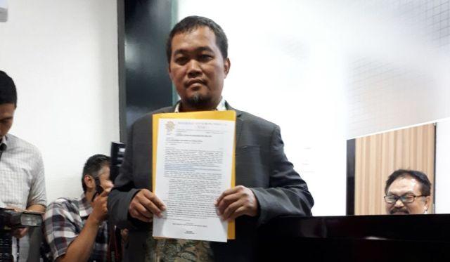 LAMPUNG POST | Teken Surat Penundaan Kasus KTP-El, Fadli Zon Dilaporkan ke MKD