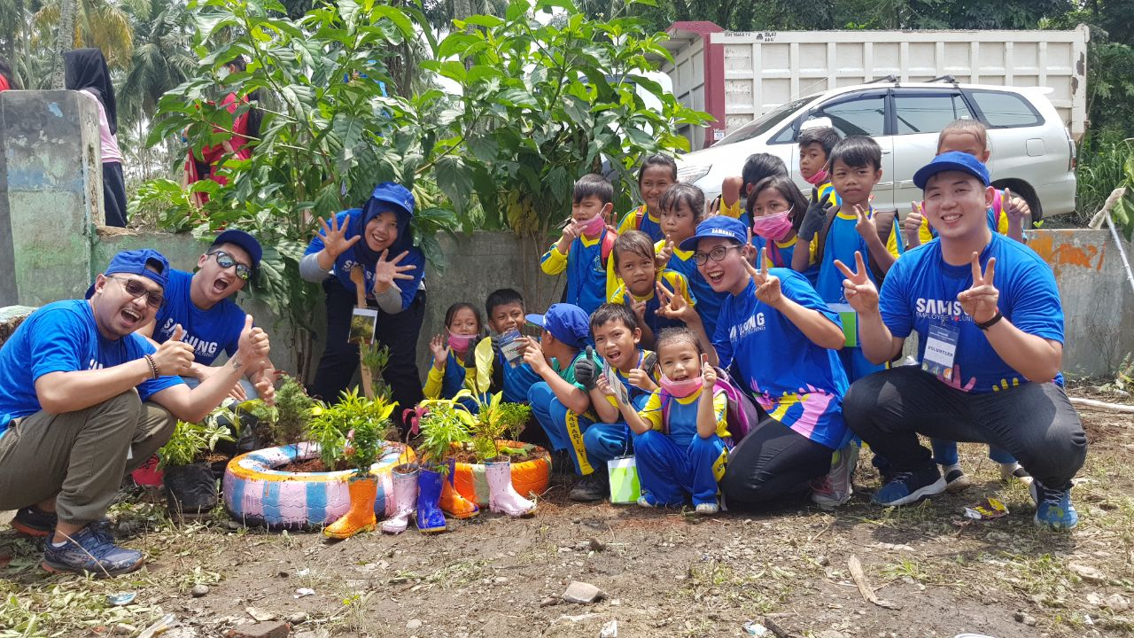 Samsung Perbaiki Sekolah Program Love and Care