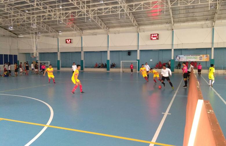 LAMPUNG POST | Polda Lampung Berondong 8 Gol ke Gawang Pegadaian