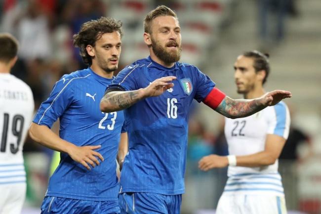 LAMPUNG POST | Italia Benamkan Uruguay Tiga Gol Tanpa Balas