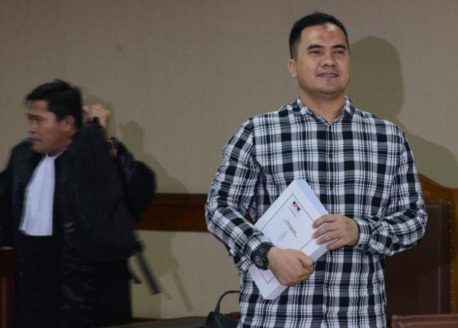 LAMPUNG POST | Terbukti Menyuap, Saipul Jamil Dituntut 4 Tahun Penjara
