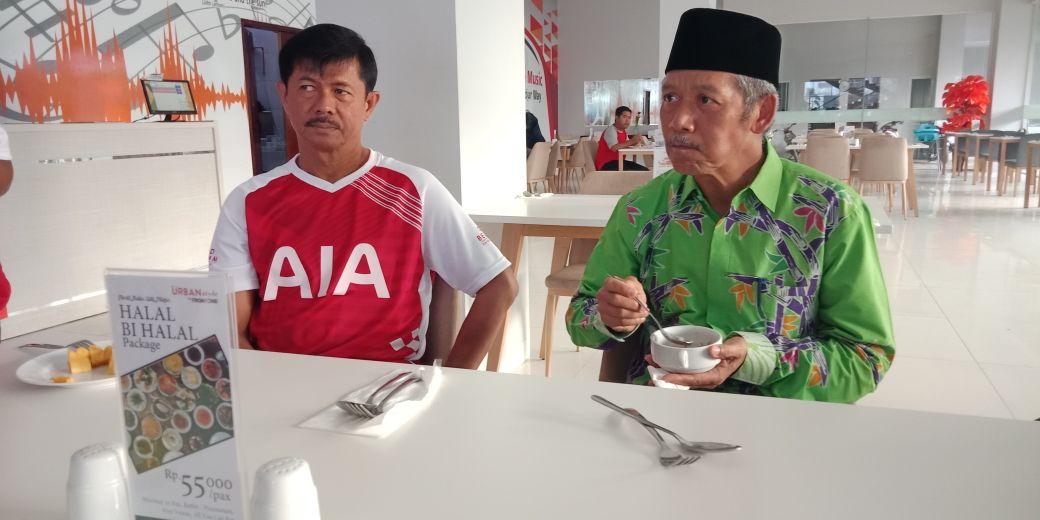 Pelatih Timnas Indra Sjafri Kunjungi Pringsewu