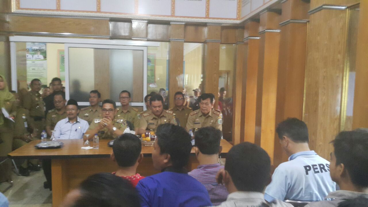 LAMPUNG POST | Plt. Bupati Lamtim Silaturahmi dengan Awak Media
