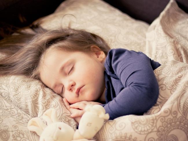 LAMPUNG POST | Waspadai Bayi Mendengkur Lebih dari Empat Hari