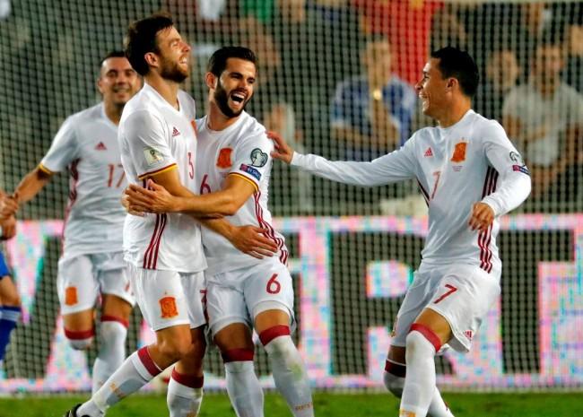LAMPUNG POST   Belum Terkalahkan, Spanyol Melenggan ke Piala Dunia