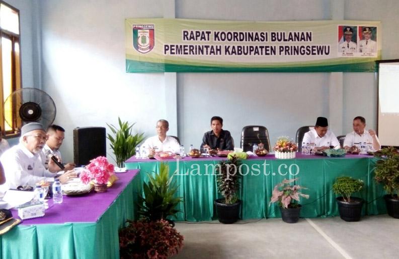 LAMPUNG POST | Wabup Fauzi Pimpin Rakor Bulanan Pemkab Pringsewu