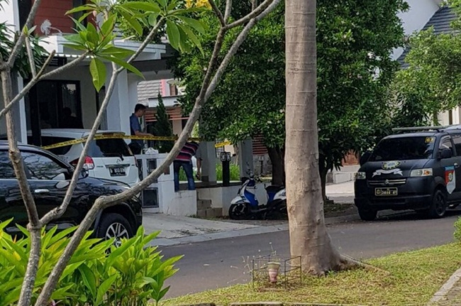 LAMPUNG POST | Polisi Tangkap Terduga Teroris di Serpong