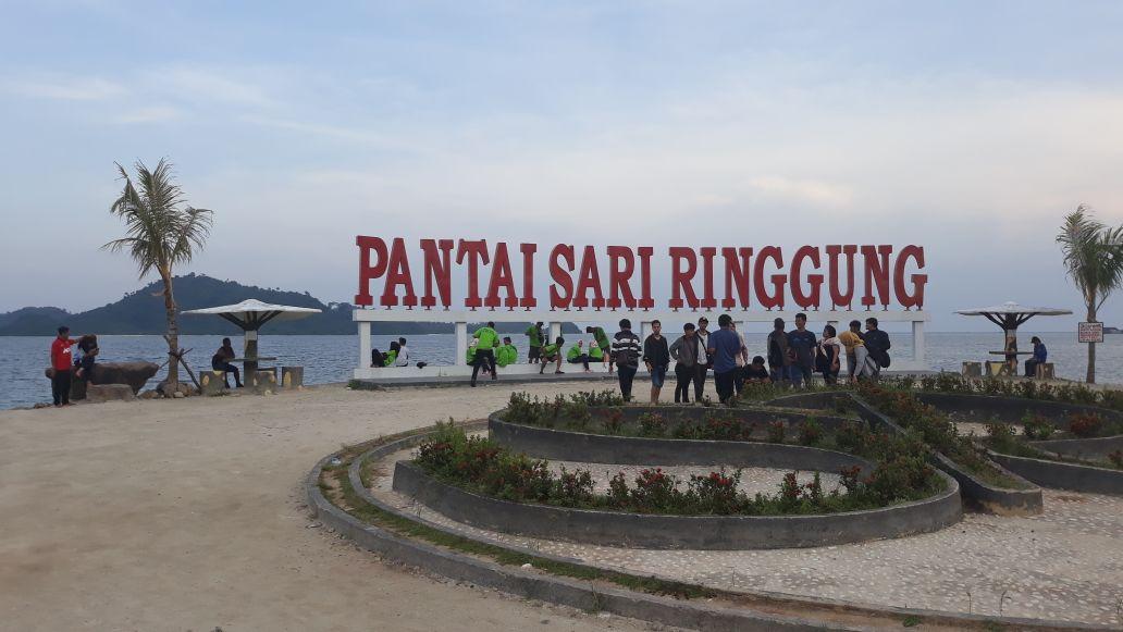 LAMPUNG POST | Pantai Sari Ringgung Terus Berbenah Kembangkan Potensi Pariwisata