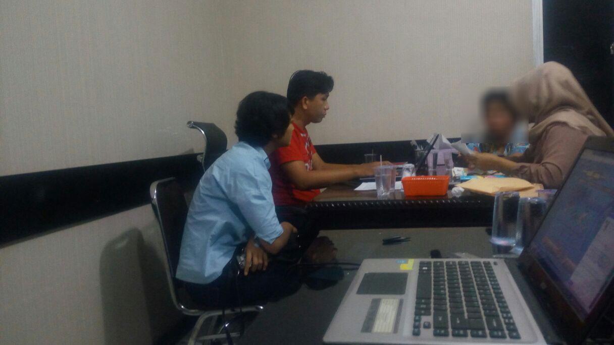 LAMPUNG POST | Wanita Diduga Bandar Judi Online Diamankan Polda Lampung