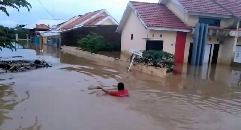 13 Kabupaten di Jatim Dilanda Banjir