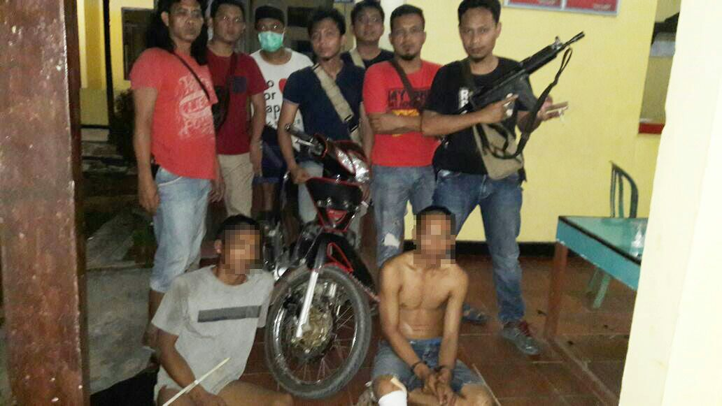 LAMPUNG POST   Dua Spesialis Pencuri Motor di Tulangbawang Dilumpuhkan Polisi