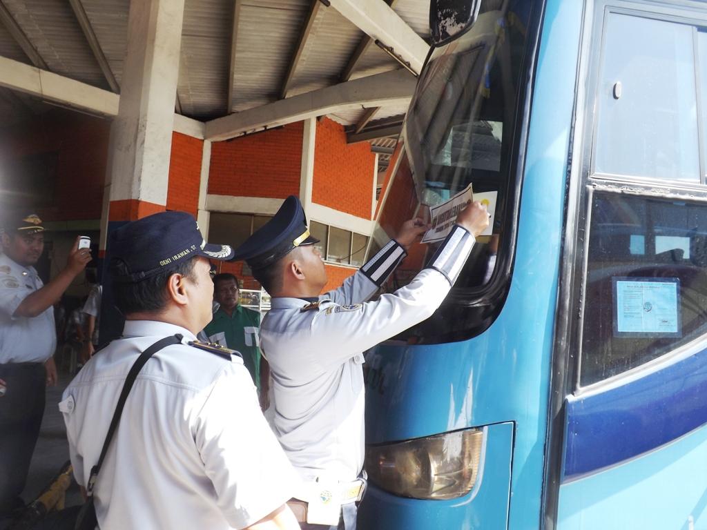 LAMPUNG POST | 11 Bus Terjaring Uji Kelaikan Jalan oleh Dishub