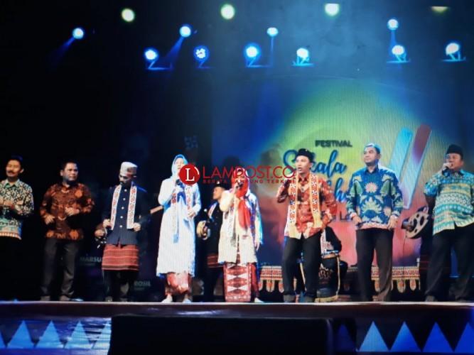 146 Grup Nyambai Meriahkan Festival Sekala Bekhak VI