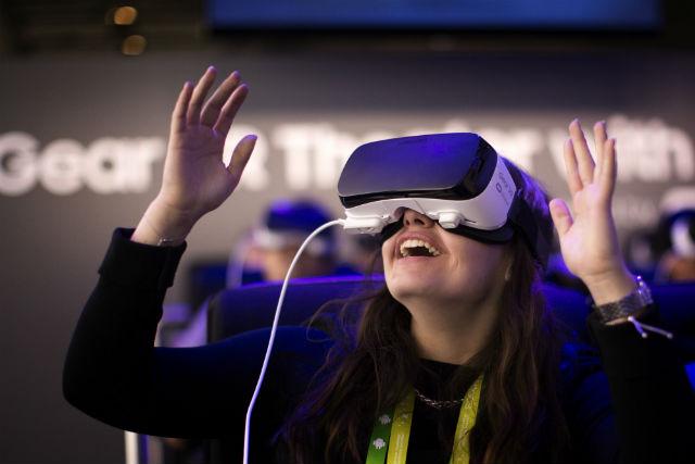 LAMPUNG POST   VR Atasi Fobia