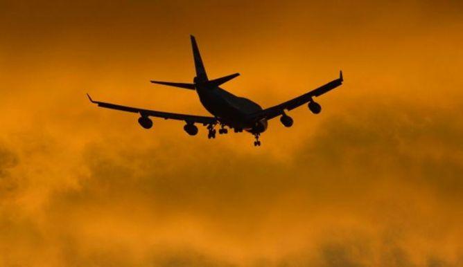 LAMPUNG POST | Angkutan Udara Bertaruh Maut