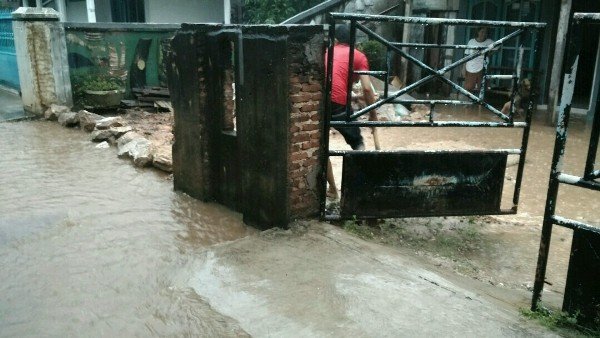 Hujan, Sejumlah Titik di Bandar Lampung Tergenang