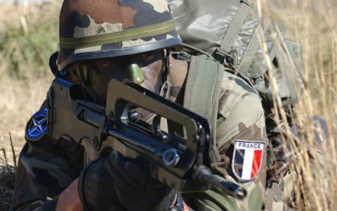 15 1 militer prancis