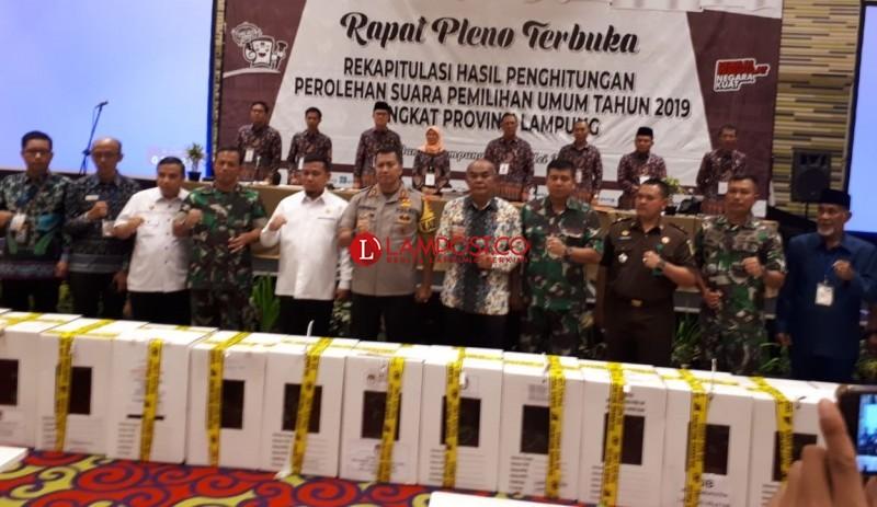 KPU Lampung Mulai Rekap Suara, Mesuji Pertama Dihitung