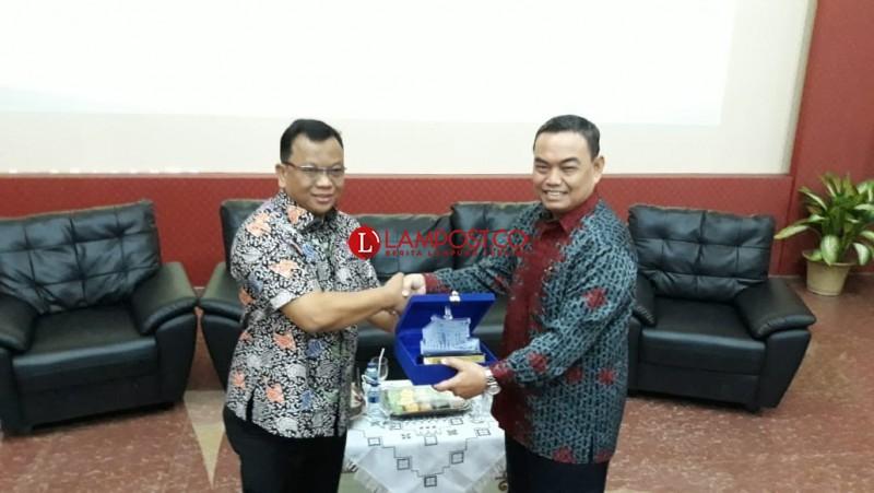 Komisi Yudisial dan Fakultas Hukum Unila Wujudkan Peradilan Bersih