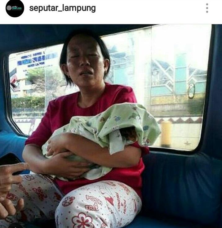 Ibu Bawa Jenazah Bayi di Angkot Viral di Sosial Media