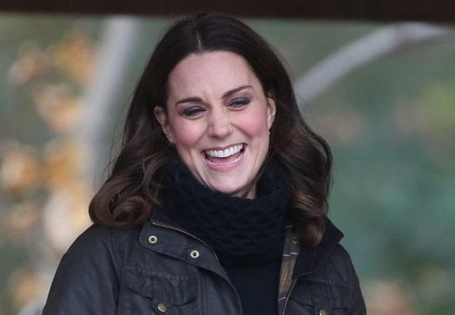 LAMPUNG POST | Kate Middleton, Nantikan Kelahiran Bayi Kembar