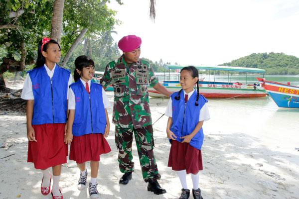 Pengabdian TNI bagi Pulau Lampung