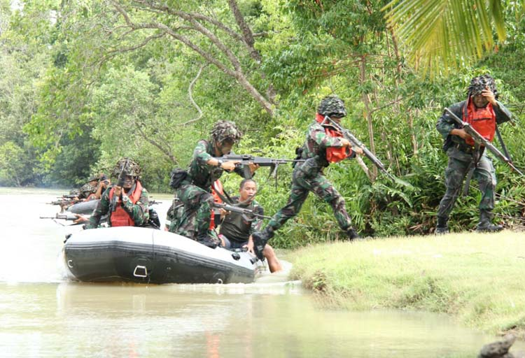 LAMPUNG POST | Latihan Operasi Mupe Brigif-3 Marinir Ditutup