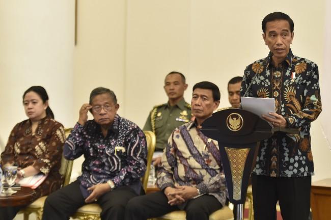 LAMPUNG POST | Jokowi Perintahkan Menlu Panggil Dubes AS