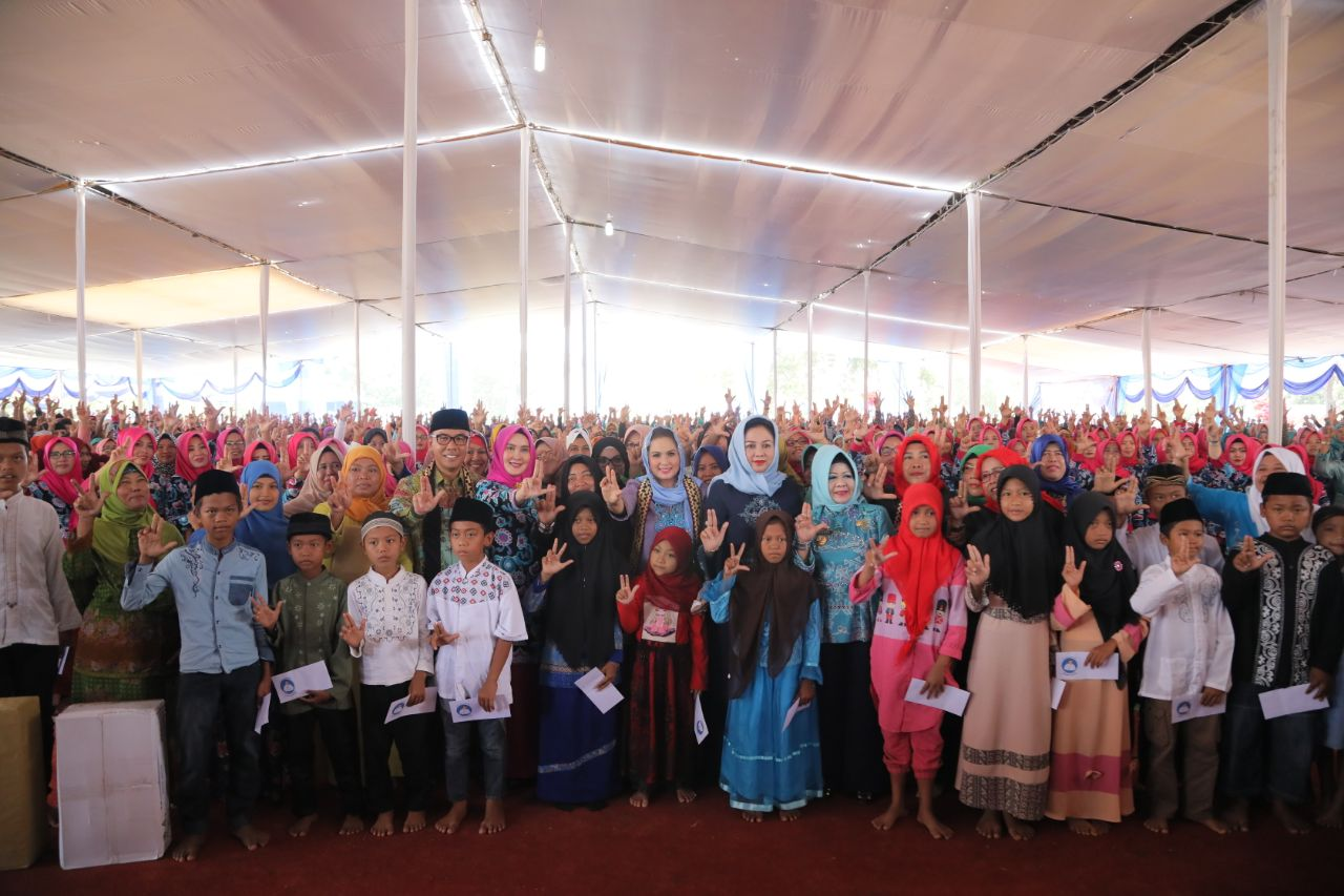 LAMPUNG POST | Kampung Pakuanbaru Wakili Way Kanan Lomba Kesrak PKK-KB
