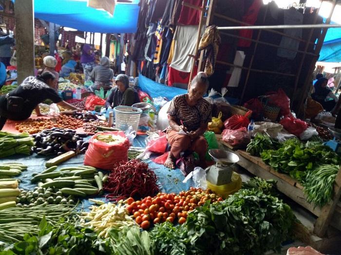 LAMPUNG POST | Pasokan Kurang, Harga Sayur Mayur di Lamsel Naik