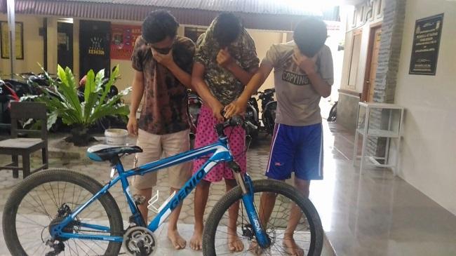 LAMPUNG POST | Hendak Jual Online Sepeda Curian, Tiga Pemuda Ditangkap