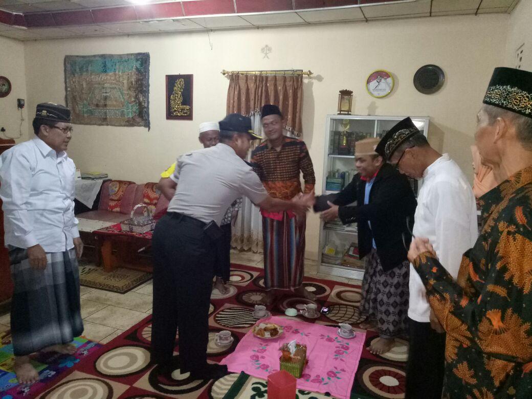 LAMPUNG POST | Polres Tanggamus Silahturahmi ke Tokoh Agama