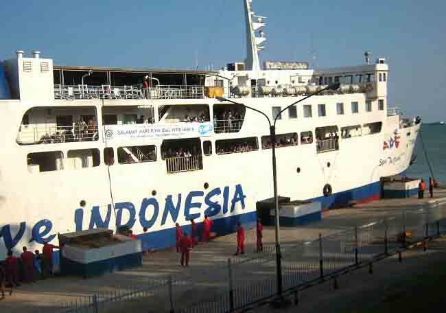 Kapal Bersenggolan, KSOP Bakauheni Ingatkan Nahkoda