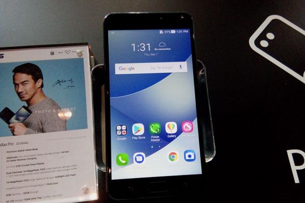 LAMPUNG POST   Asus ZenFone 4 Max Pro Resmi Meluncur