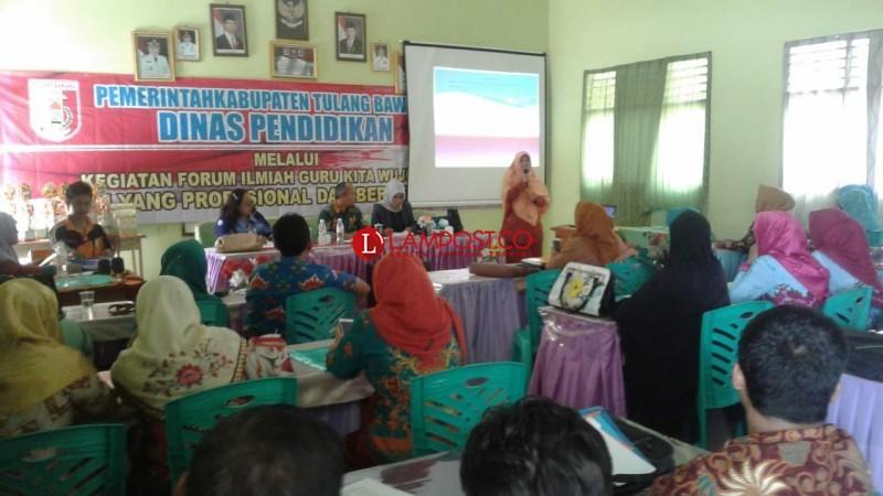 200 Guru Tulangbawang Ikut Forum Ilmiah