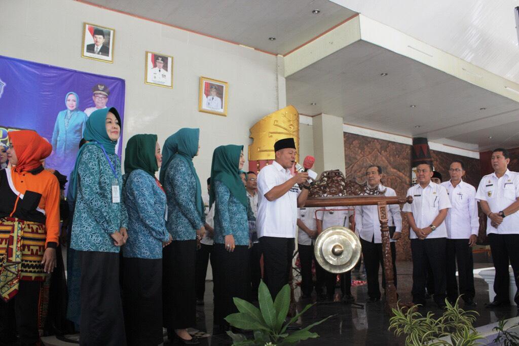 LAMPUNG POST | Rp6,2 Miliar untuk Pemberdayaan Ibu-Ibu Kampung Se-Lampung Tengah