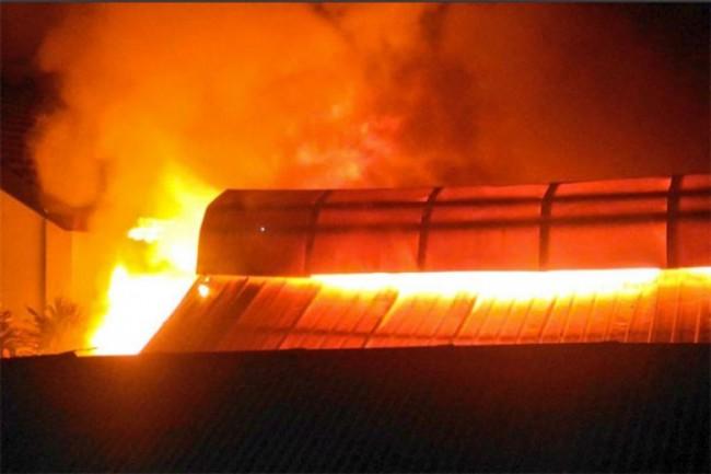 Pasar Gembrong Lama di Jakpus Kebakaran