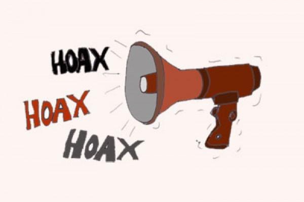 Hoaks dan Politik