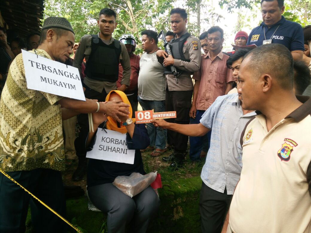 Polres Way Kanan Rekonstruksi Pembunuhan Warga OKU