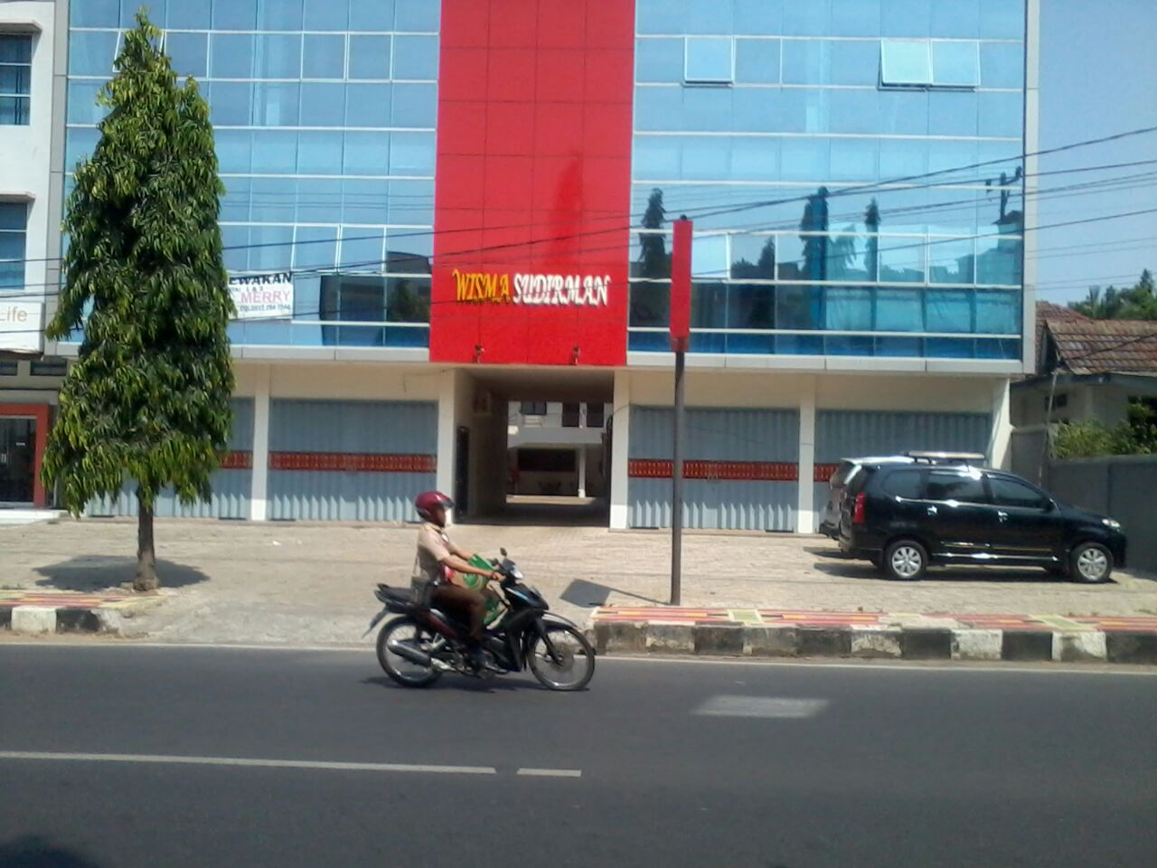 LAMPUNG POST | Tak Berizin Lengkap, Wisma Sudirman Diminta Setop Operasional