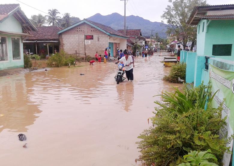 8 Desa di Padang Cermin Terendam Banjir