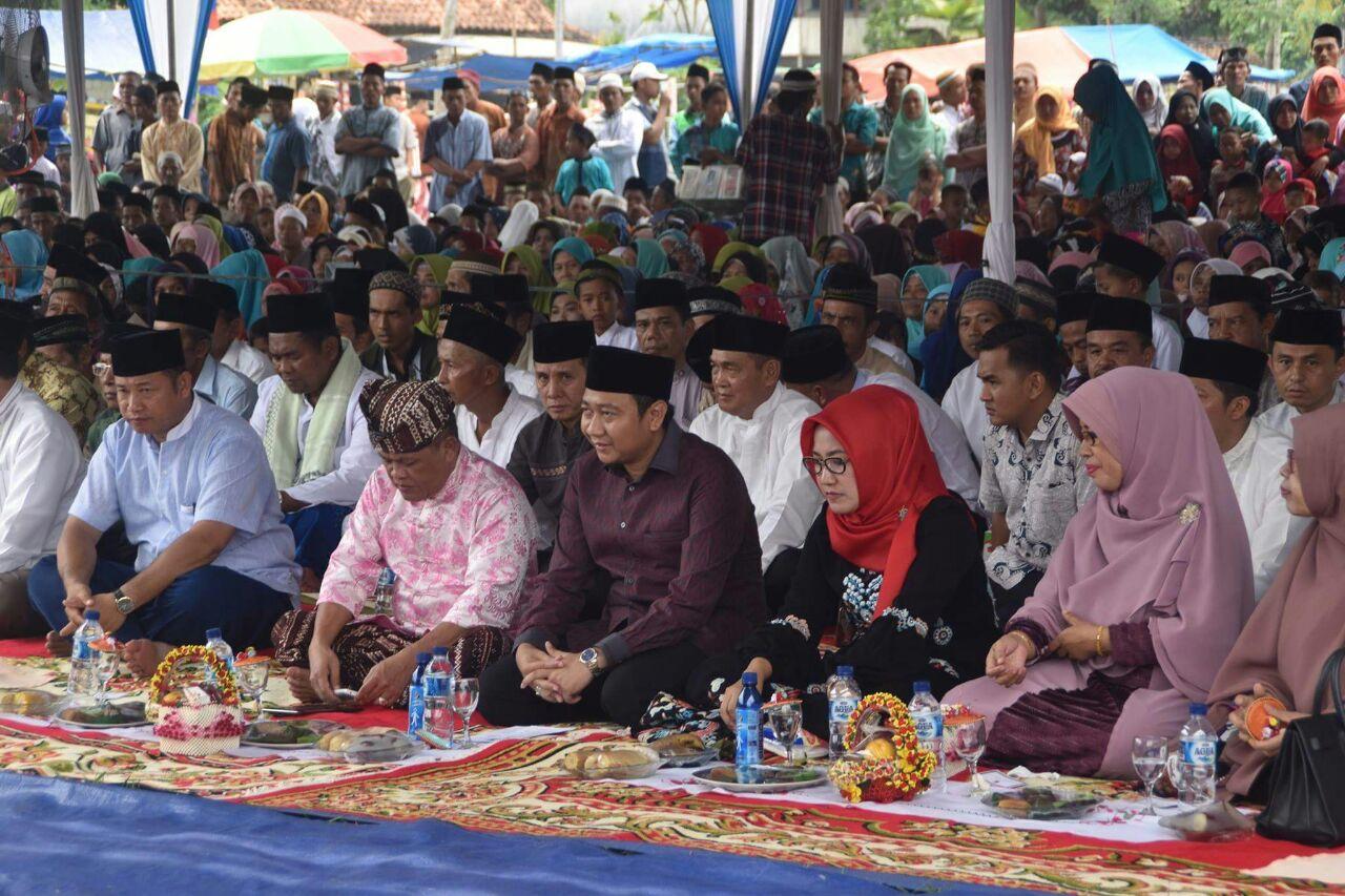 LAMPUNG POST | Agung Hadiri Tablig Akbar di Bungamayang