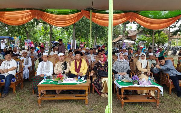 LAMPUNG POST   Ribuan Warga Hadiri Pengajian Akbar Arinal di Banjarbaru