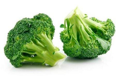 LAMPUNG POST | Brokoli Cegah Usus Bocor