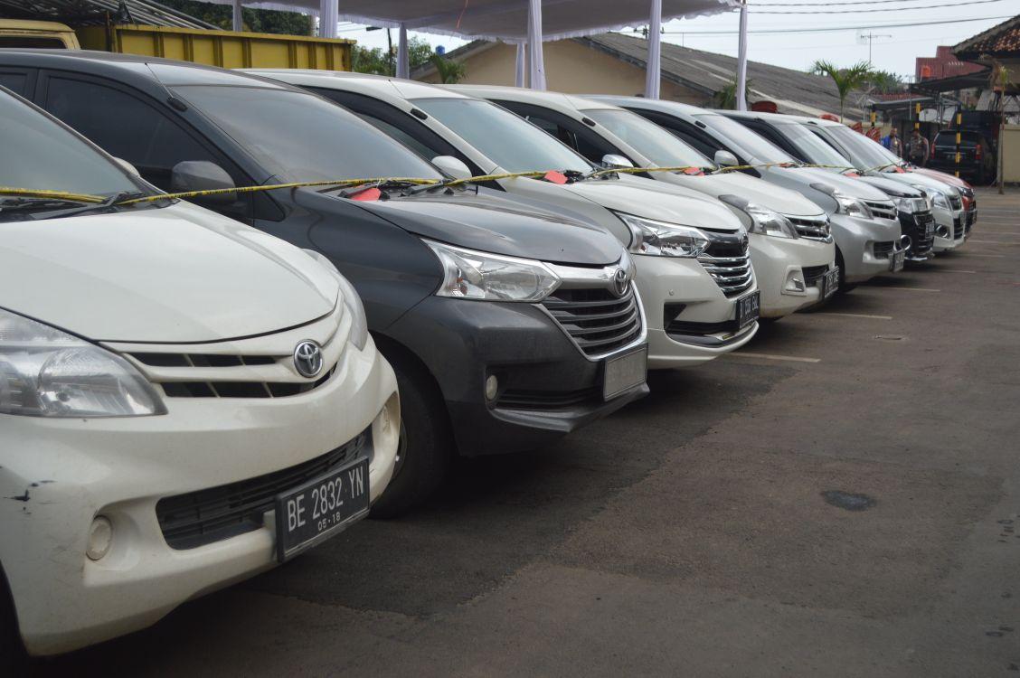 LAMPUNG POST |  Warga Kehilangan Mobil Silakan Datangi Polresta, Ada 8 Mobil Tangkapan