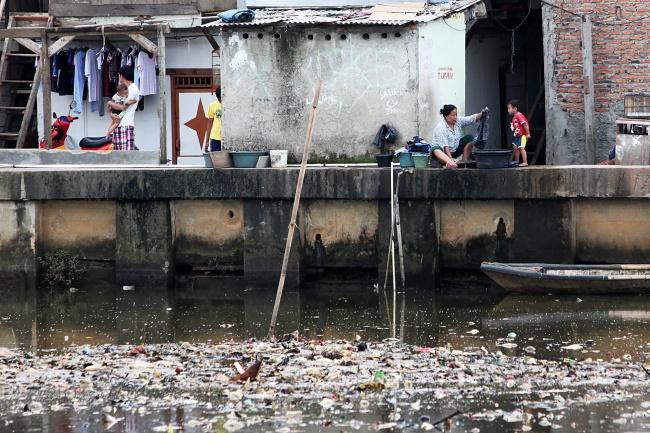 LAMPUNG POST   Enam Bulan, Penduduk Miskin Indonesia Bertambah 6.900 Orang