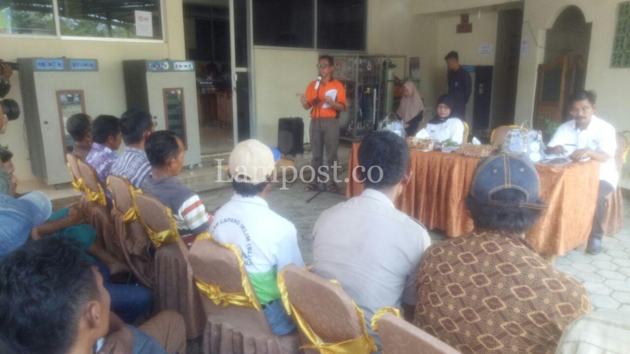Kelompok Tani di Mesuji Dapat Bantuan 14 Hand Tractor dari Kementan