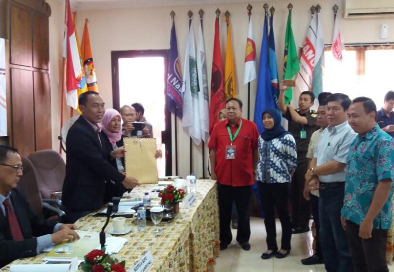 LAMPUNG POST | Empat Pasangan Calon Gubernur Lampung Sehat dan Bebas Narkoba