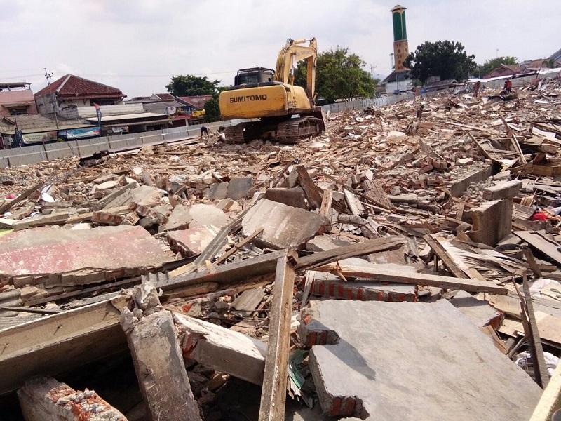 Pembangunan Pasar Perumnas Way Halim Tidak Ada Plang Proyek